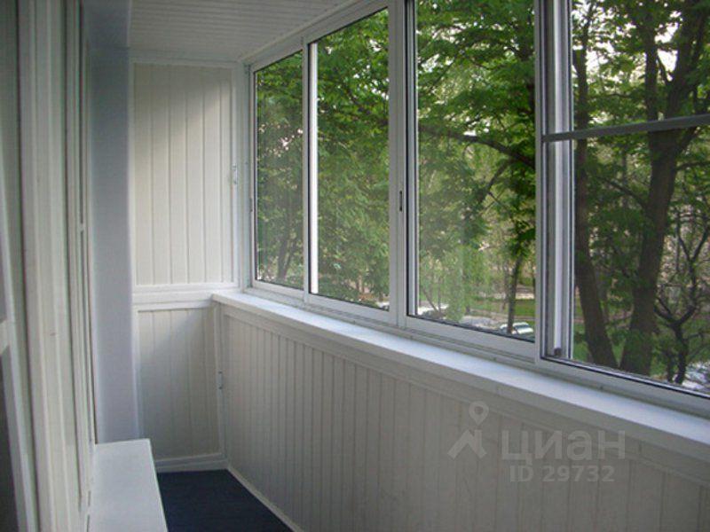 Остекление балконов лоджий типовых домов: цена в москве.
