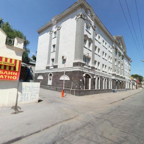 Отдельно стоящее здание на ул. Фрунзе, 70
