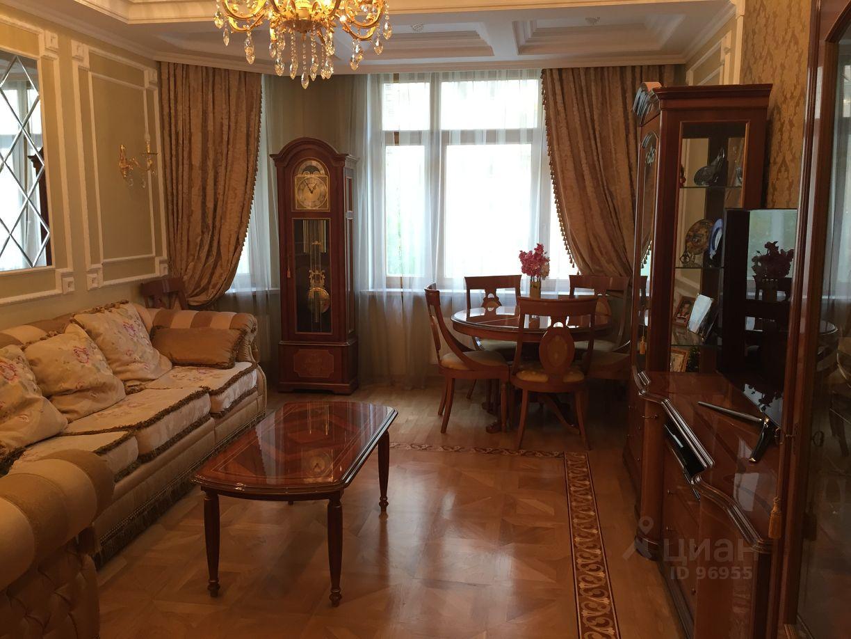 купить 4 комнатную квартиру на ломоносовском проспекте может
