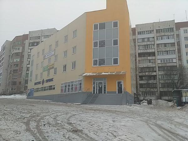Офисное здание на ул. Антонова-Овсеенко, 52